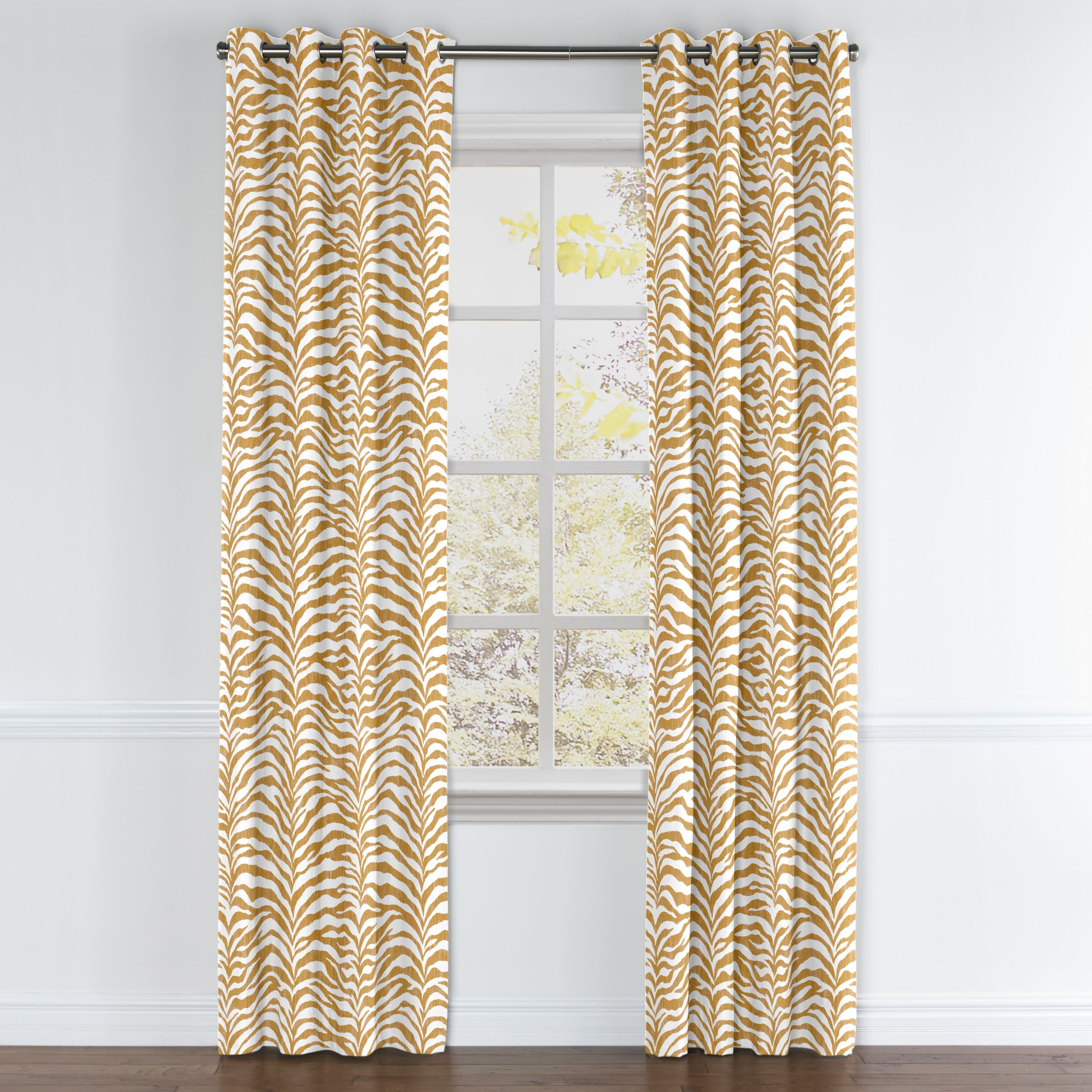 Eyelot/Grommet Curtains - Dilshan Drapers | Beta